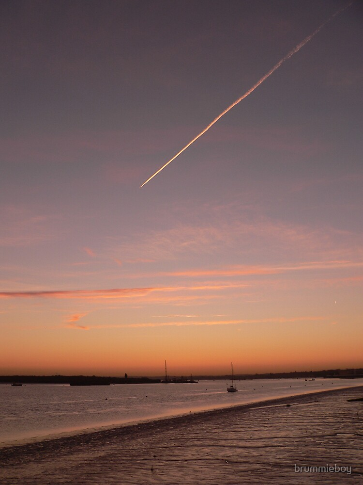 Contrail before dawn by brummieboy