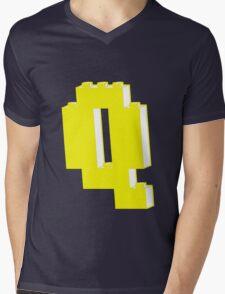 THE LETTER Q Mens V-Neck T-Shirt