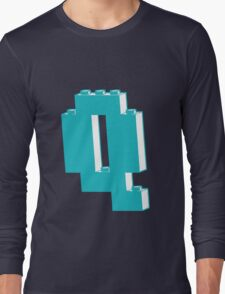 THE LETTER Q  Long Sleeve T-Shirt