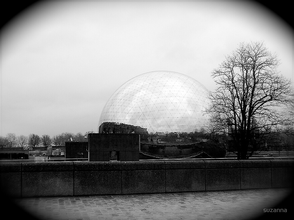Mystic Ball by suzanna