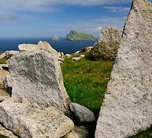 Towards Boreray, St Kilda by Karen Thorburn