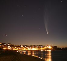 Comet McNaught over Olivers Hill by Michael Daniel