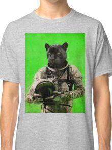 I'll taste the sky Classic T-Shirt
