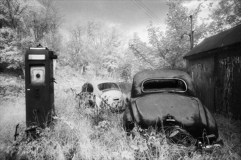 Fuel Crisis by Hywel Harris