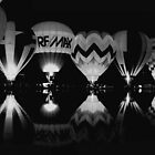 black/white balloon glow by toma