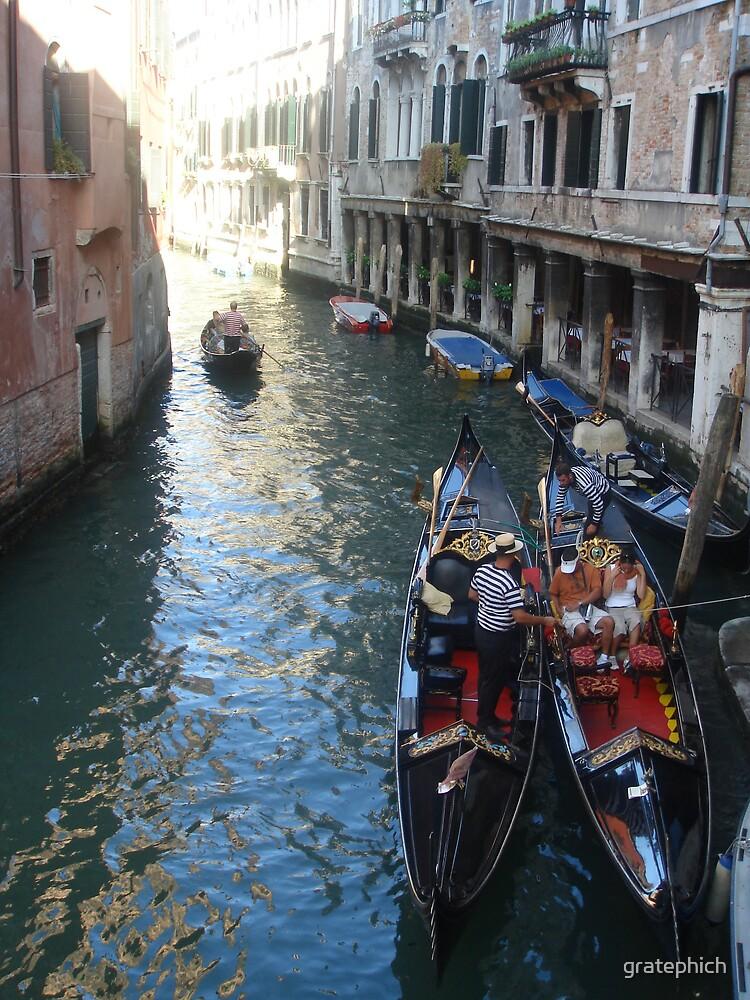 Gondola Ride by gratephich