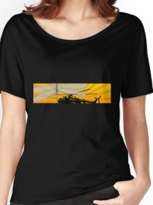 How do dragonflies and helicopters fly Women's Relaxed Fit T-Shirt