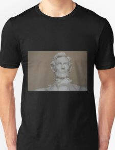 Lincoln statue Unisex T-Shirt