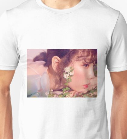 Girls Generation Taeyeon My Voice Deluxe Edition Unisex T-Shirt