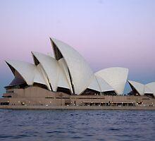 Sydney Opera House by Bassam  Shmordok