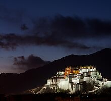 Potala Palace, Lhasa. Tibet by Charlie  Lin