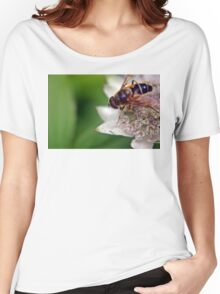 Macro Drone Flower A Women's Relaxed Fit T-Shirt