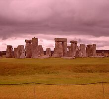 stonehenge by papillonman