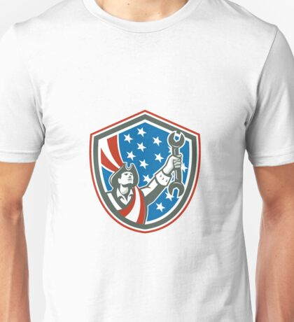 American Mechanic Patriot Holding Spanner Shield Retro Unisex T-Shirt