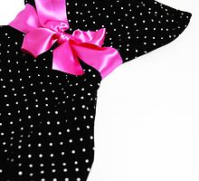 Bows and Dots by SLRphotography