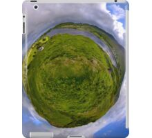 Teelin Bay from Roxborough fort, S. Donegal iPad Case/Skin