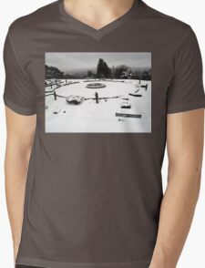 SNOW SCENE 3 Mens V-Neck T-Shirt