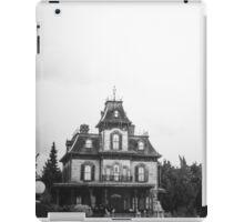 Phantom Manor En Noir Et Blanc iPad Case/Skin