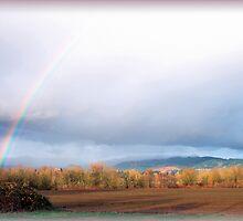 Supernumerary rainbow by Deri Dority