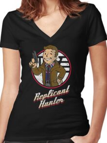 Replicant Hunter Women's Fitted V-Neck T-Shirt
