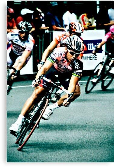Elite Men's Criterium Race - Southbank by Nicole Goggins