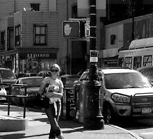 woman at corner by rakastajatar