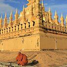 Tat Luang by fenjay