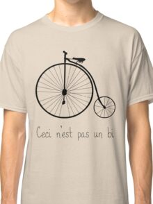 Dyke in bike Classic T-Shirt