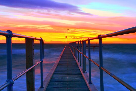 small jetty at st kilda by Melinda Kerr