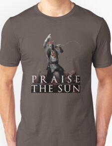 Knight Solaire of Astora - Praise The Sun! T-Shirt
