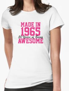 Awesome 'Made in 1965, 50 years of being awesome' alternate color birthday t-shirt T-Shirt