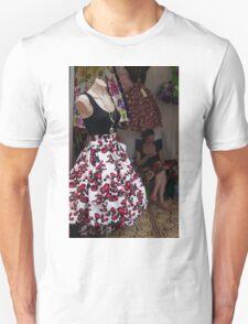 skirt of roses T-Shirt