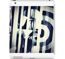 Dualistic distortion  iPad Case/Skin