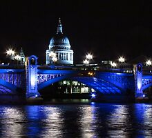 St Paul's Cathedral, London ( Blue Light ) by wiggyofipswich