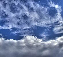 Clouds by Luca Mancinelli