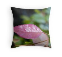 Yes I'm really pink Throw Pillow