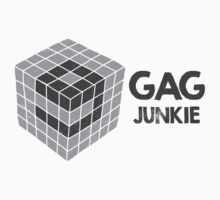 9gag junkie logo in cube by byzmo