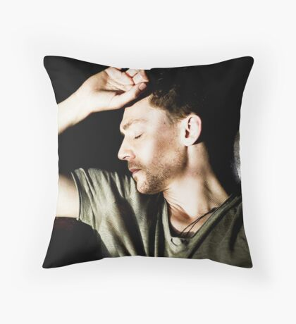 Sleeping Tom Throw Pillow