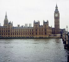 Westminster with Big Ben on the Thames by NatashaHartling