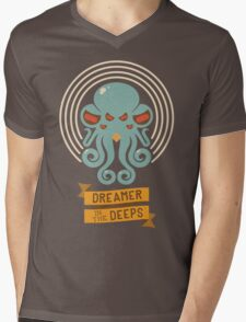Cthulhu, Dreamer in the Deeps Mens V-Neck T-Shirt