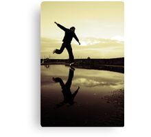 Another decisive moment Canvas Print