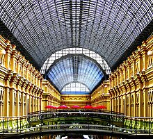 Shoppers Paradise by Michael Farruggia