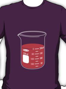 beaker elixir (strawberry) T-Shirt