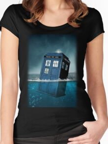 Blue Box in Water Hoodie / T-shirt Women's Fitted Scoop T-Shirt