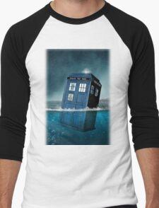 Blue Box in Water Hoodie / T-shirt T-Shirt