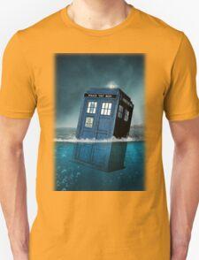 Blue Box in Water Hoodie / T-shirt Unisex T-Shirt