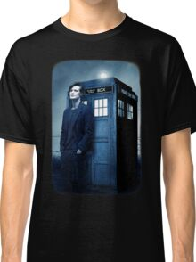 doctor smith tee Tardis Hoodie / T-shirt Classic T-Shirt
