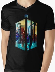 Dr. Who Fans Tee Character T-Shirt Mens V-Neck T-Shirt