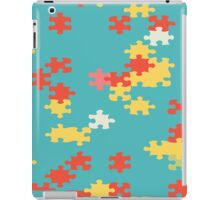 Puzzle pieces abstract design iPad Case/Skin