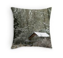 Grizzley Country Cabin Throw Pillow